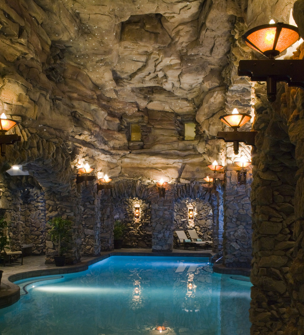 A spot where hydration rules the spa at the omni grove park inn the fit and well atlanta belle for Hotels in bray with swimming pool