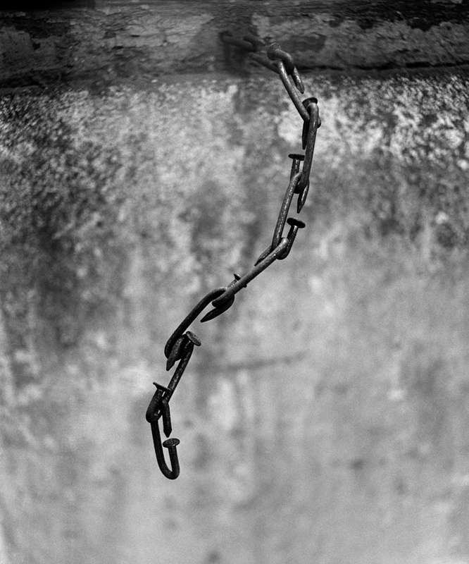 Chain,Zhang Enli Studio, 2009, Variable sizes and editions, Inkjet Print on Fine Art Paper
