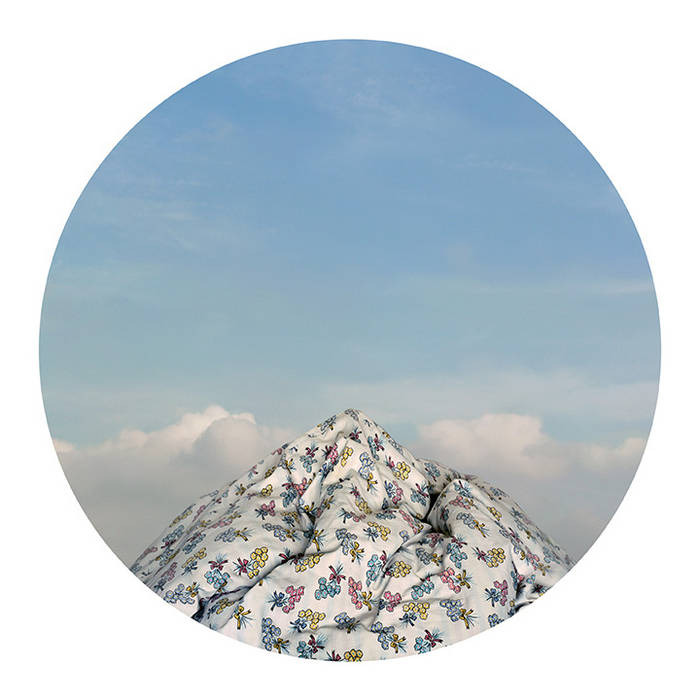 Mountain Blossom. 09, 2007, 150 x 150 cm or 100 x 100 cm, Inkjet print on Photo Paper