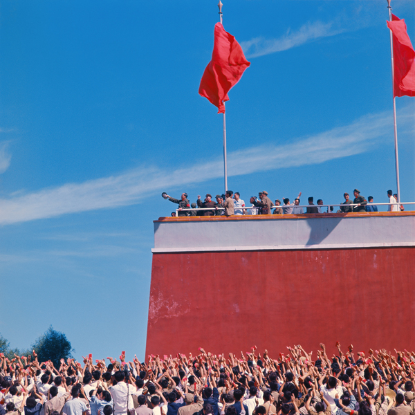 Chairman Mao on the Tiananmen Gate- 1966.jpg