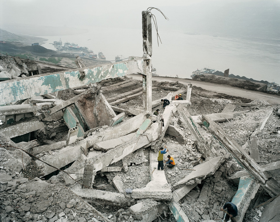 Wan Zhou #1,Three Gorges Dam Project, Yangtze River, 2002