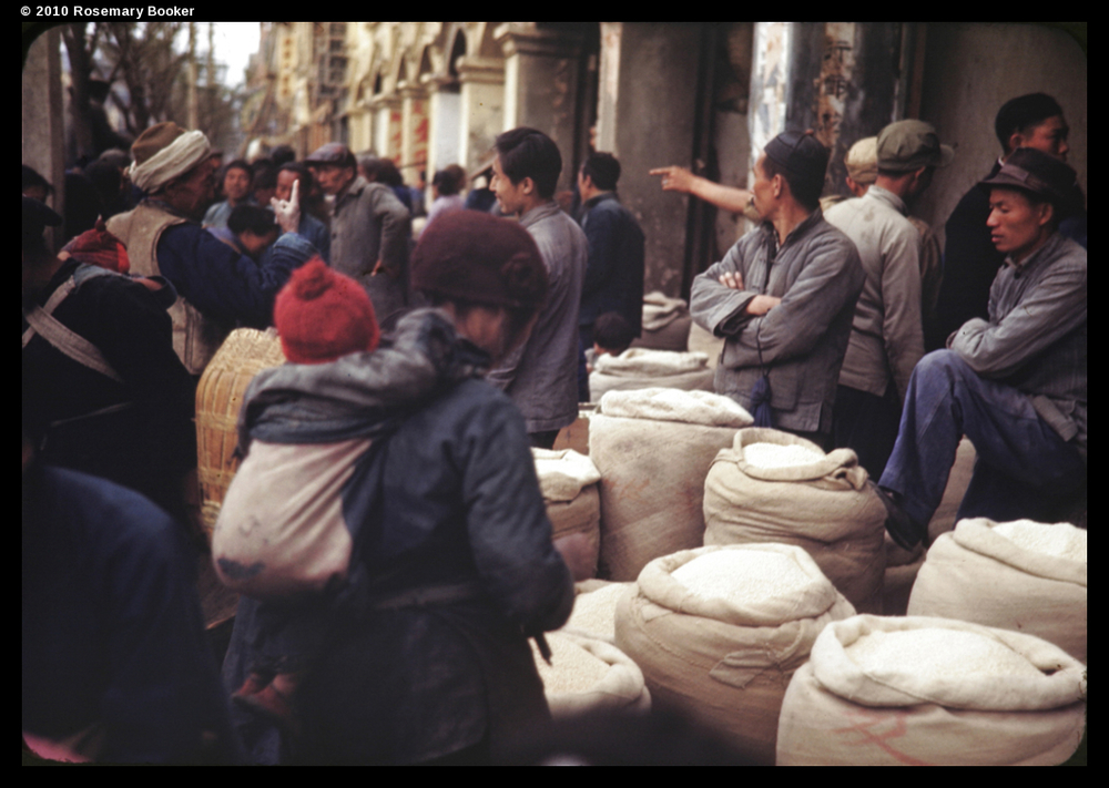 Grain for sale in street, Kunming, 1945 (RB-t884) © 2010 Rosemary Booker