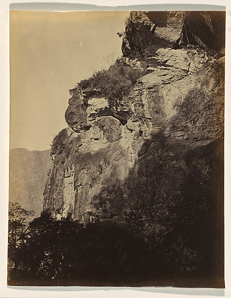 On the road leading to Yuen-foo monastery, 1870, albumen print. NGA 2009.162 © National Gallery of Australia