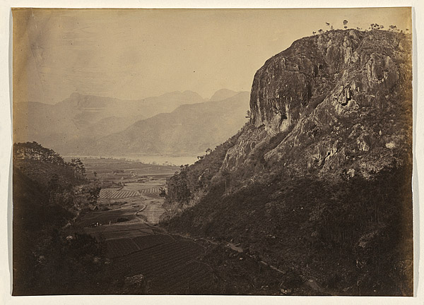 Entrance to the Bankers' Glen, view looking down Yuen-foo River, 1870, albumen print. NGA 2009.166 © National Gallery of Australia