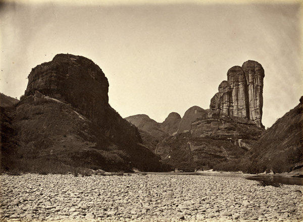 View on the River Min, c. 1870, albumen print. AC4-39 © Oldchinaphotography.com