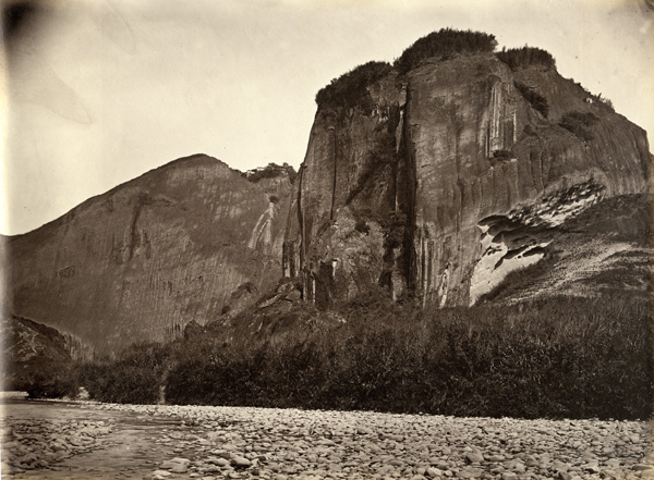 View on the River Min, c. 1870, albumen print. AC4-45 © Oldchinaphotography.com