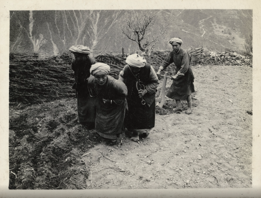 zhuang-xueben-china-hinterland-1930s-photography-of-china-15.png