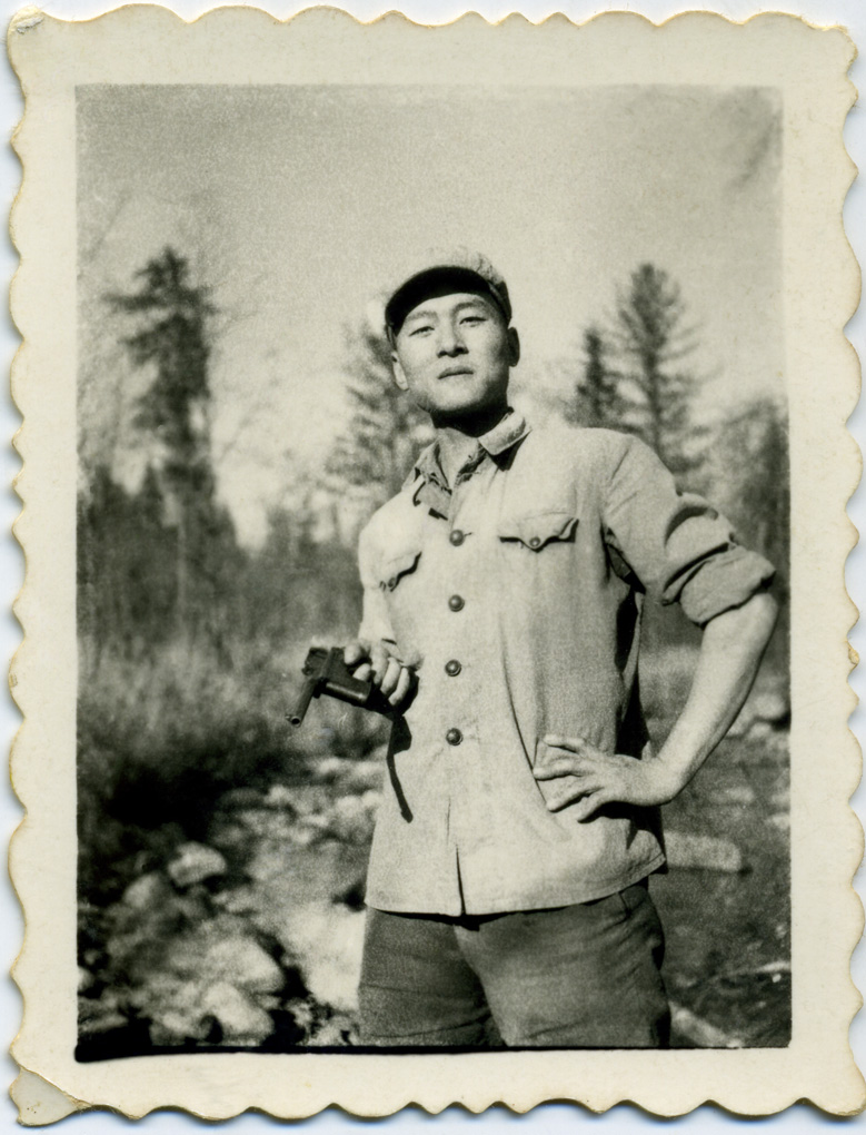 wang-qiuhang-cultural-revolution-selfies-1966-1976-photography-of-china-14.jpg