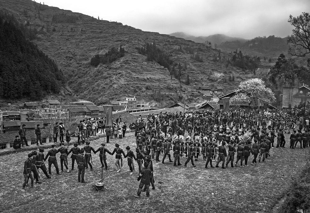 kuang-huimin-ancient-kam-rice-of-millennium-photography-of-china-(3).jpg