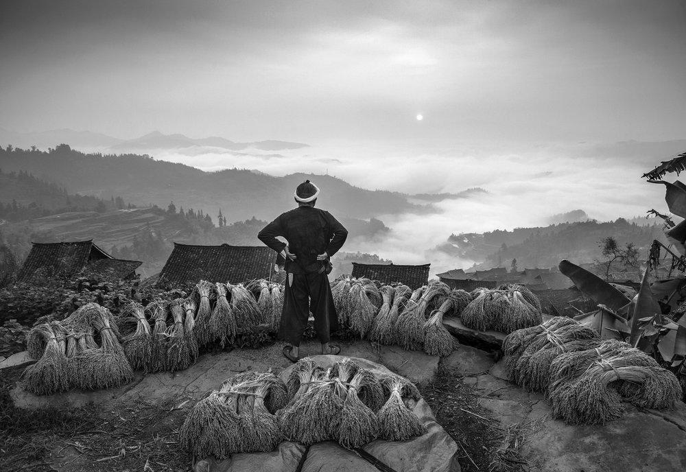 kuang-huimin-ancient-kam-rice-of-millennium-photography-of-china-(18).jpg