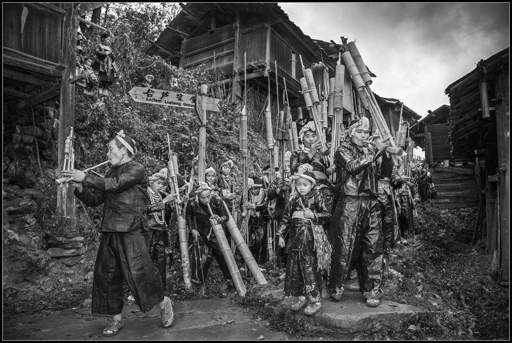 kuang-huimin-ancient-kam-rice-of-millennium-photography-of-china-(21).jpg
