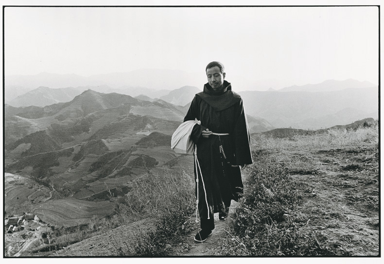 A Fransiscan Friar on the Road of Proselytization, Shaanxi, 1995 © Lu Nan