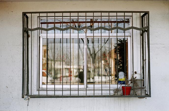 5-2000-My Neighborhood-a documentary turn-Moyi - Scenery 04-06 - 037-moyi-photography-of-china.jpg