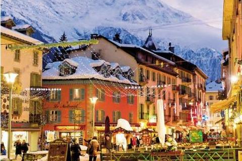 chamonix-town-center USE.jpg