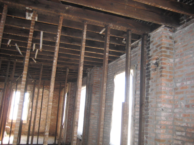 Upstairs Brick 2.JPG