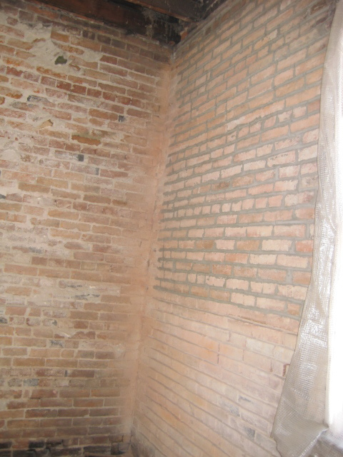 Upstairs Brick 4.JPG