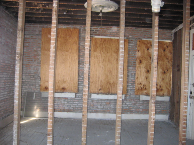 Upstairs Brick adn Windows.JPG