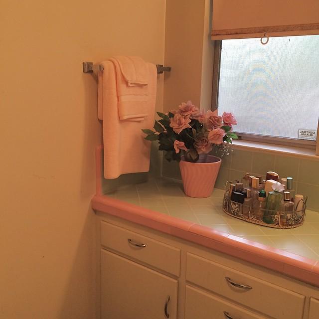 Alexa Eisner: Baba's bathroom