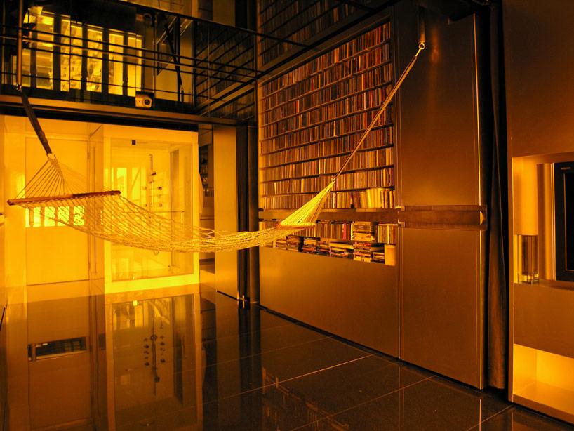 gary-chang-apartment-domestic-transformer-hong-kond-designboom06.jpg
