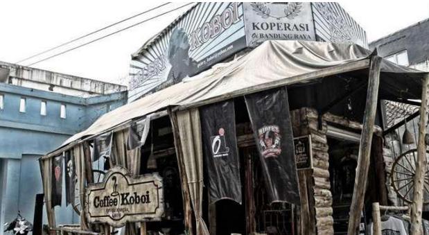 (Kedai Kopi Bandung , Image: Sebandung.com)