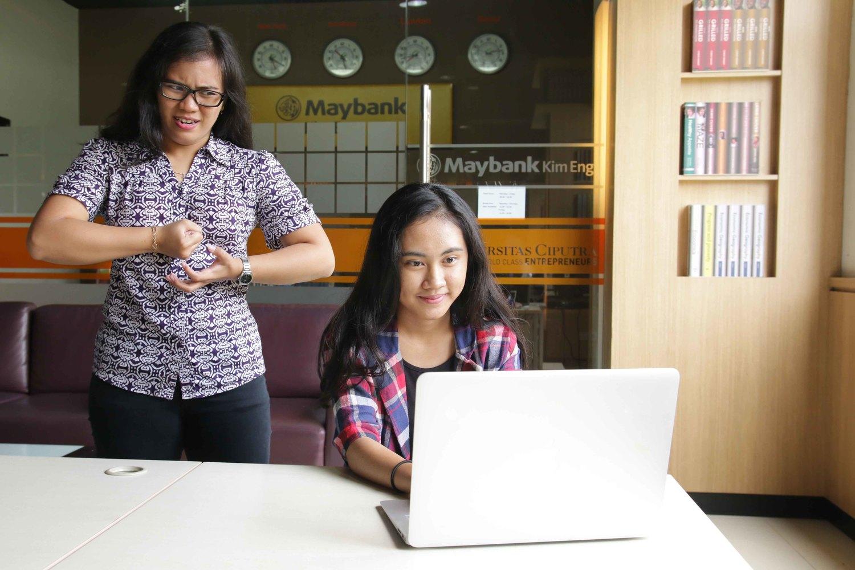 Kesal Dengan Rekan Kerja Lihat Tips Dari Uceo Universitas