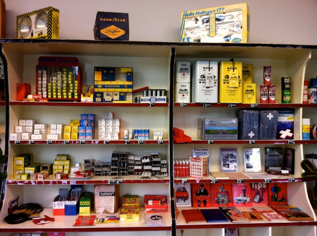 Chromjuwelen_Motor_Oil_Stockist_ 010.jpg