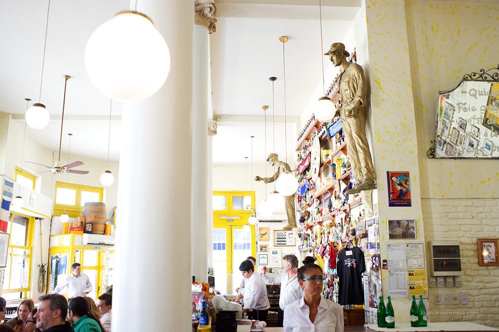 Boda de Día en Restaurante Brasserie Petanque, San Telmo, Capital Federal. Bodas de Destino.