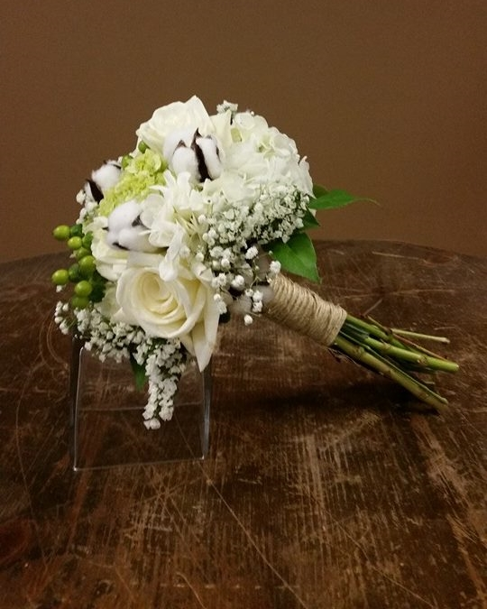 cotton boles, roses & berries bouquet 2014.jpg