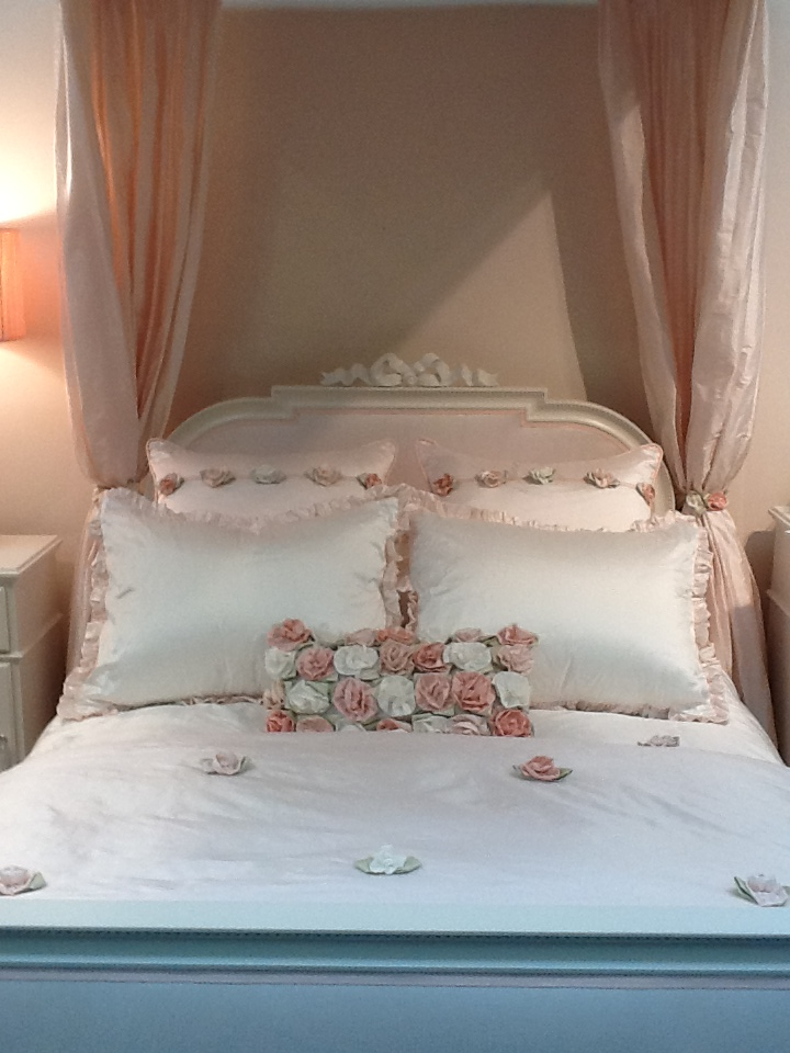 Provence Bed 2.JPG