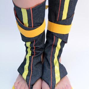 Cano Longo Amarelo sandals.jpg