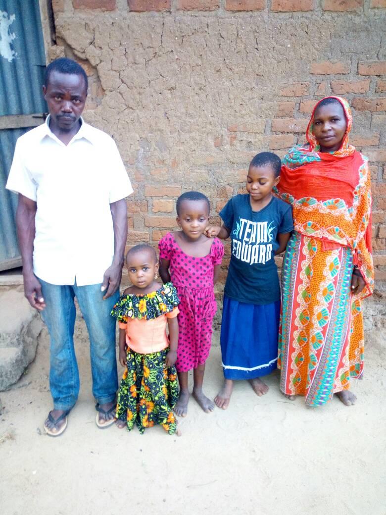 Fadhiras_family.jpeg