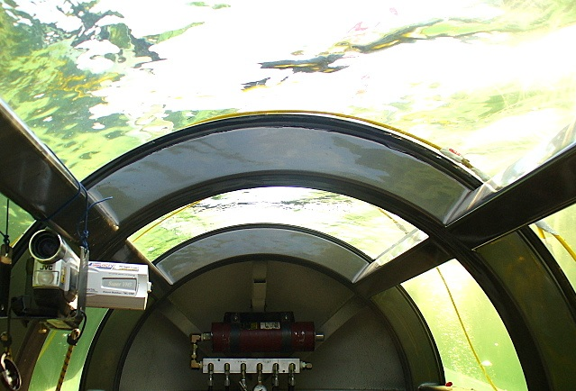Inside+cabin+submerged+lkg+rearward.jpg