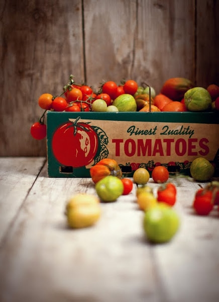 Blogpost_July18-1-TOMATOES IN BOX.jpg