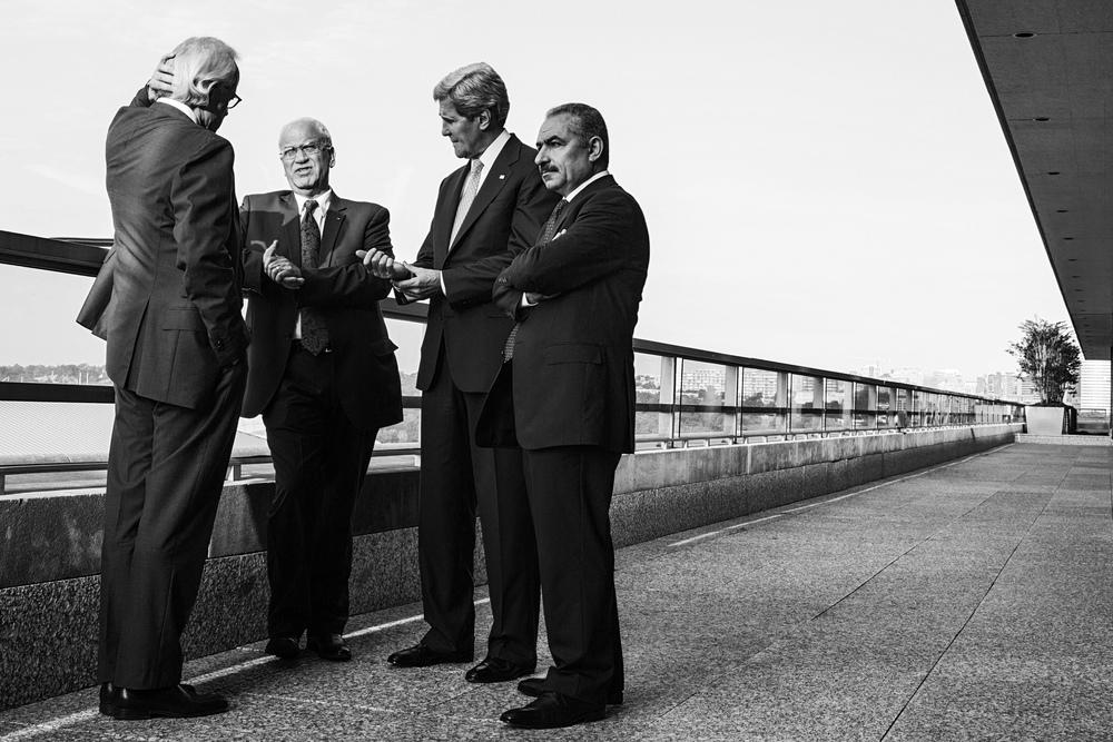 Secretary of State John Kerry speaks to Israeli and Palestinian negotiators before resumption of the Mideast peace talks.