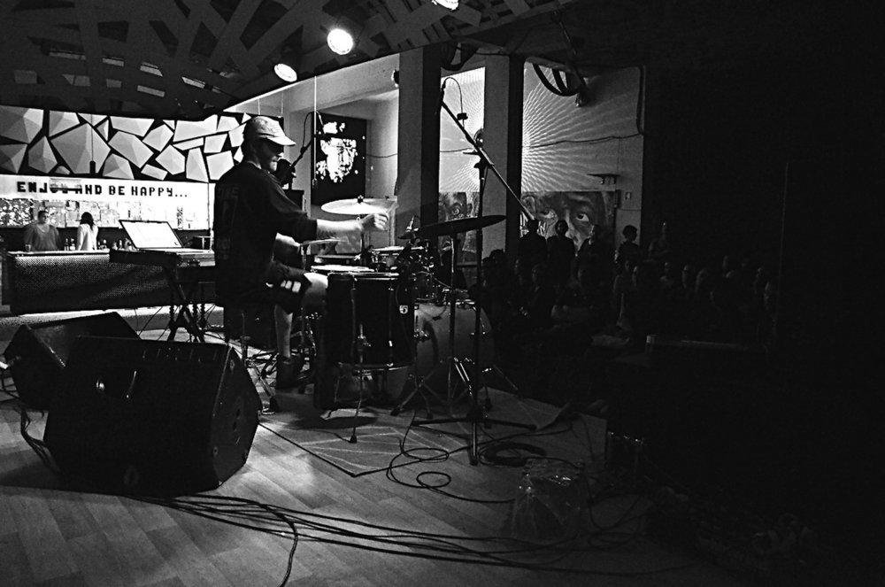 Greg Fox, Bruno Contreira at ADAO (OUT.RA-Associação Cultural) 09:17 3.jpg