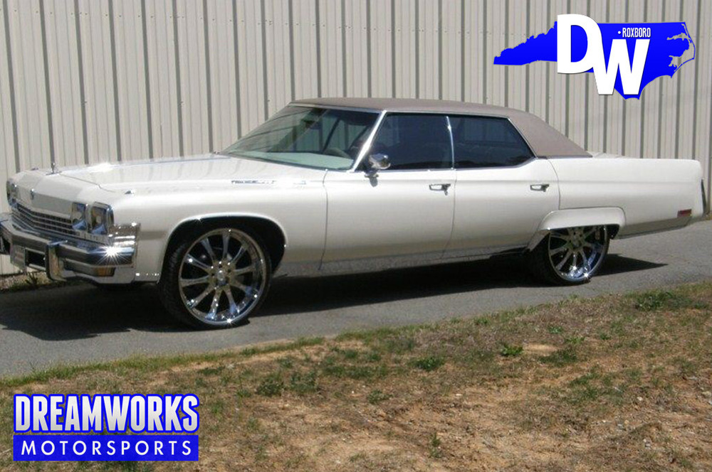 "1974 Buick Electra 225 with 24"" MOZ"