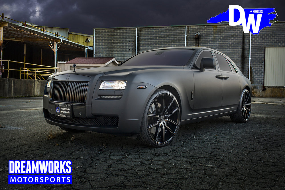 Matte-Black-Rolls-Royce-Ghost-for-Raymond-Felton-by-Dreamworks-Motorsports-1.jpg