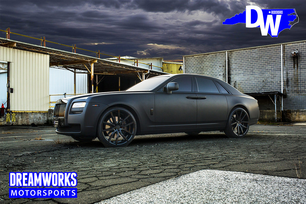 Matte-Black-Rolls-Royce-Ghost-for-Raymond-Felton-by-Dreamworks-Motorsports-2.jpg