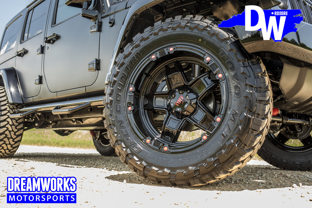 Gerald-Wallace-Matte-Black-Jeep-Wrangler-by-Dreamworks-Motorsports-5.jpg