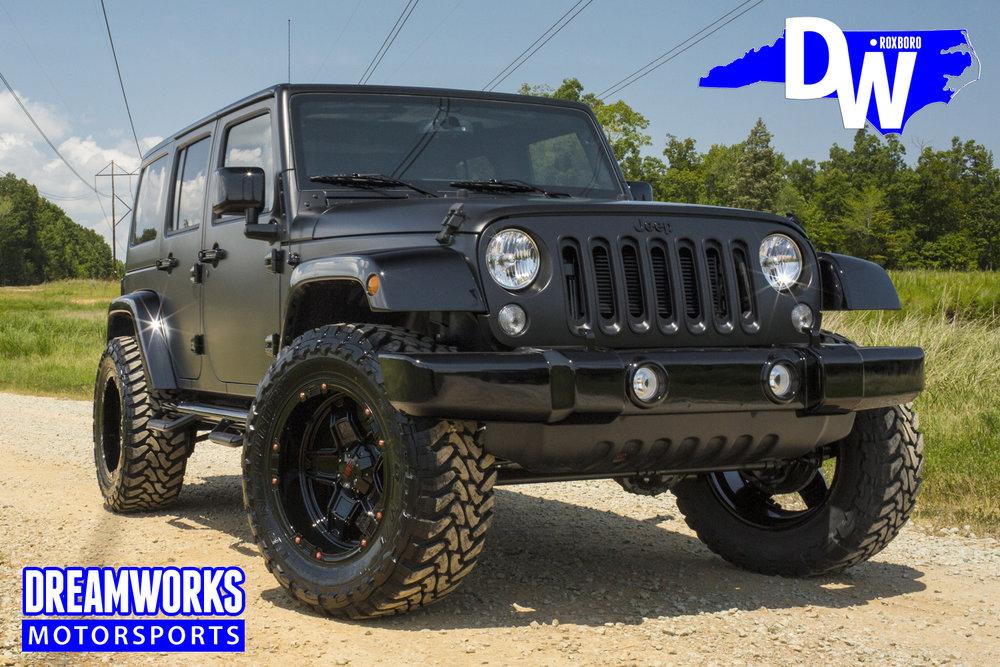 Gerald-Wallace-Matte-Black-Jeep-Wrangler-by-Dreamworks-Motorsports-4.jpg