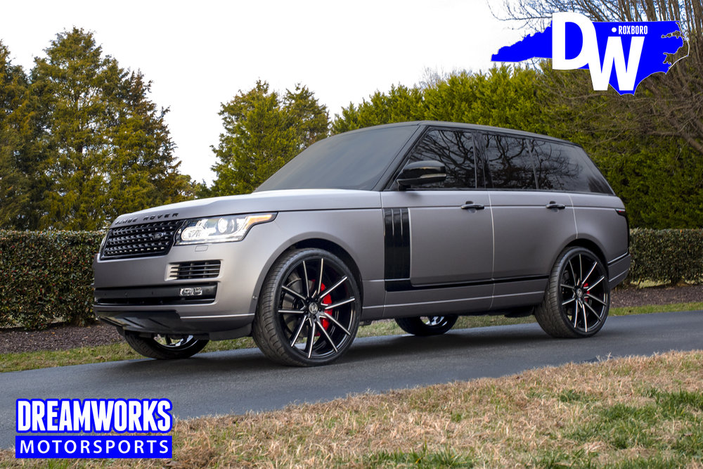 Justin-Thomas-PGA-Golfer-Range-Rover-Dreamworks-Motorsports-1.jpg