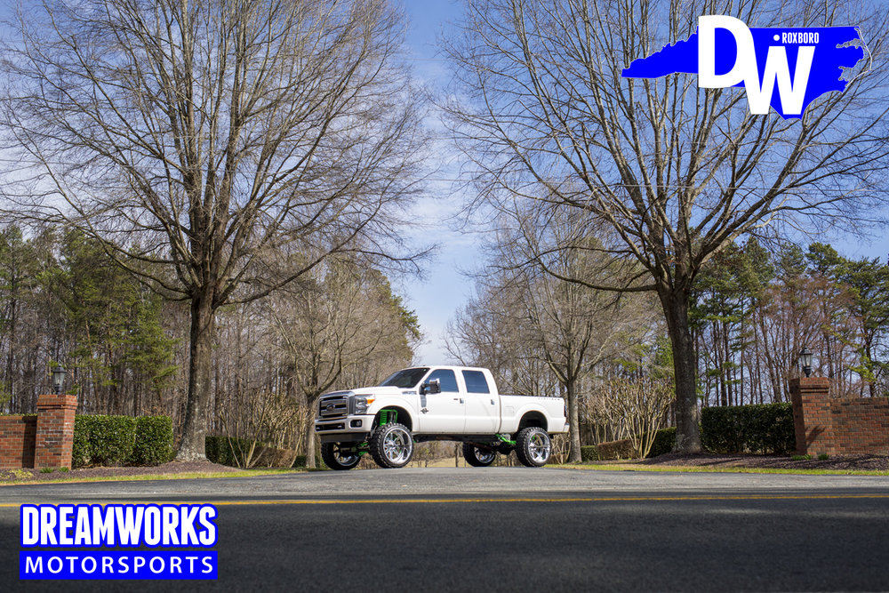Ford-F250-By-Dreamworks-Motorsports-1.jpg