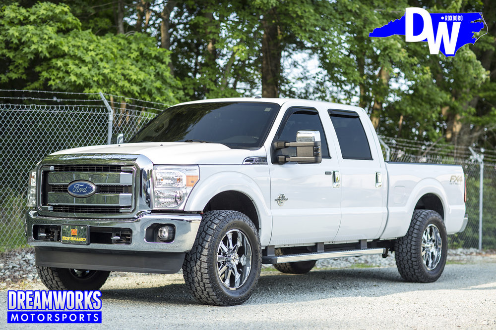 White-Lifted-F250-Dreamworks-Motorsports-main.jpg
