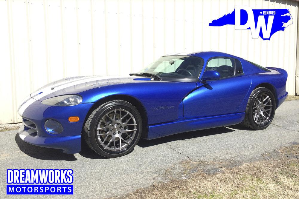 Dodge_Viper_By_Dreamworks_Motorsports-1.jpg