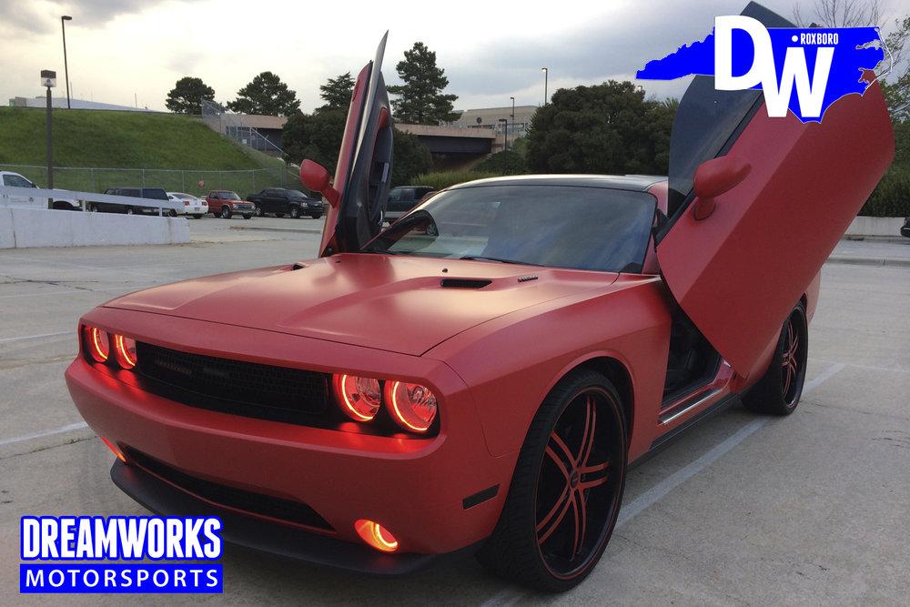 Dodge_Challenger_by_Dreamworks_Motorsports-5.jpg