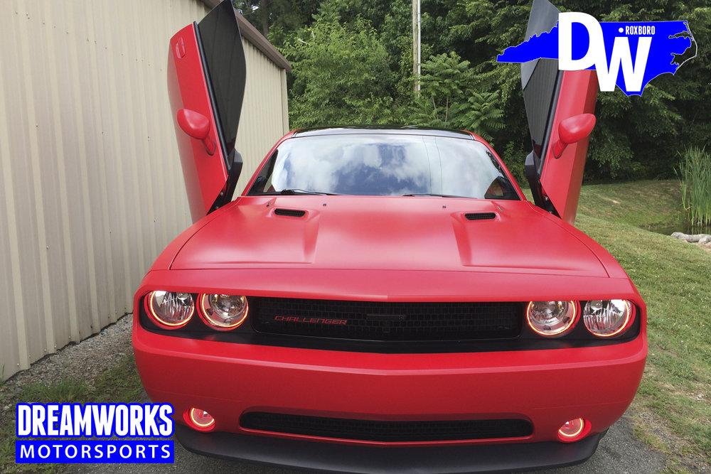 Dodge_Challenger_by_Dreamworks_Motorsports-7.jpg