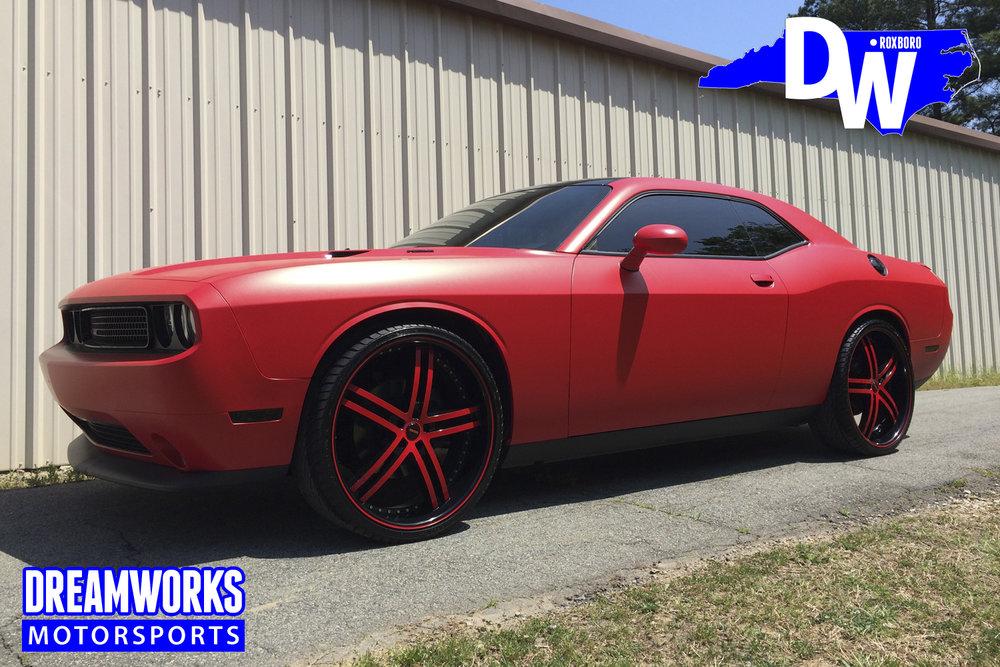 Dodge_Challenger_by_Dreamworks_Motorsports-17.jpg