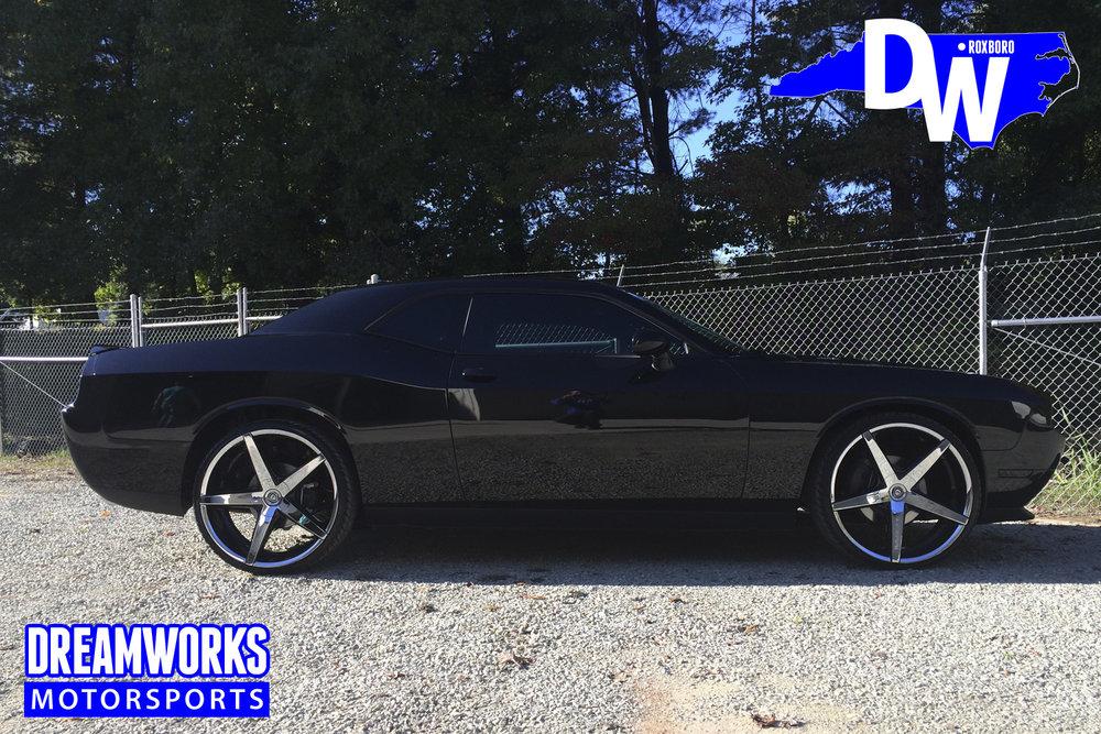 Dodge_Challenger_By_Dreamworks_Motorsports-10.jpg