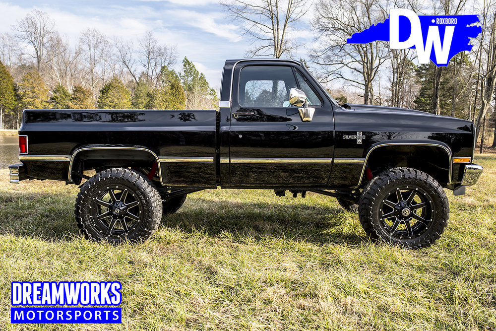 lifted-silverado-dreamworks-motorsports-north-carolina-custom-shop_32784490416_o.jpg