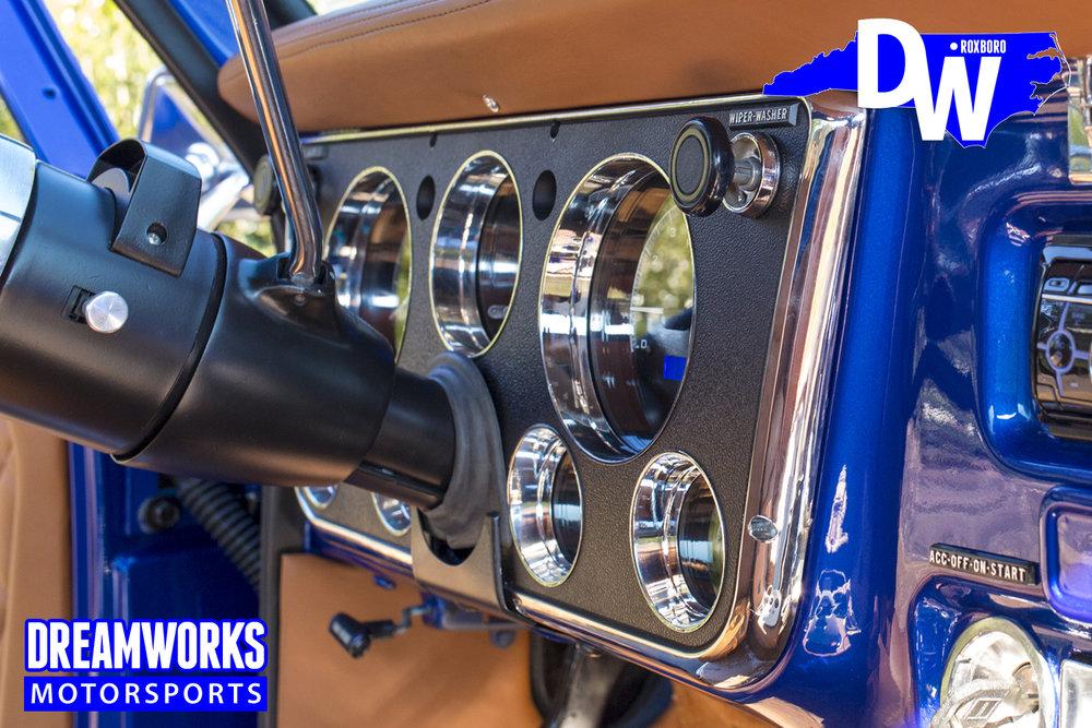 restored-c10-by-dreamworks-motorsports-10_30627686164_o.jpg